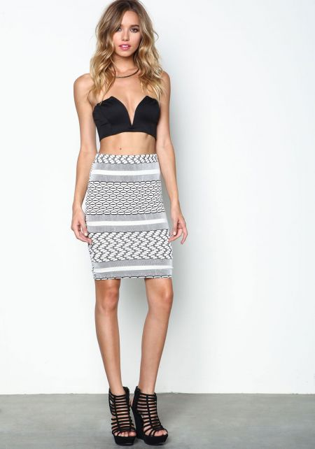 Modern Art Knit Skirt