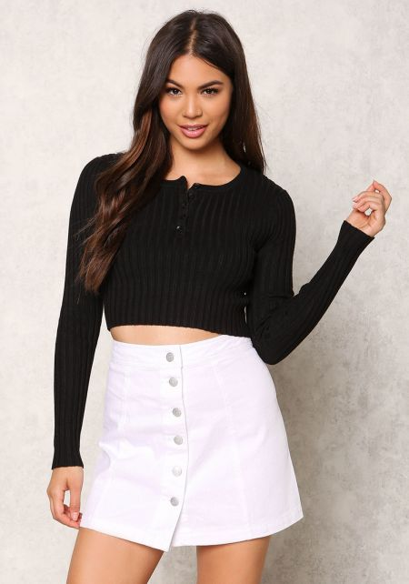 Black Thick Ribbed Knit Buttoned Crop Top