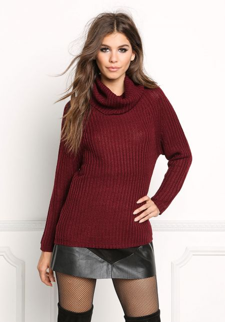 Burgundy Turtleneck Chunky Sweater Top