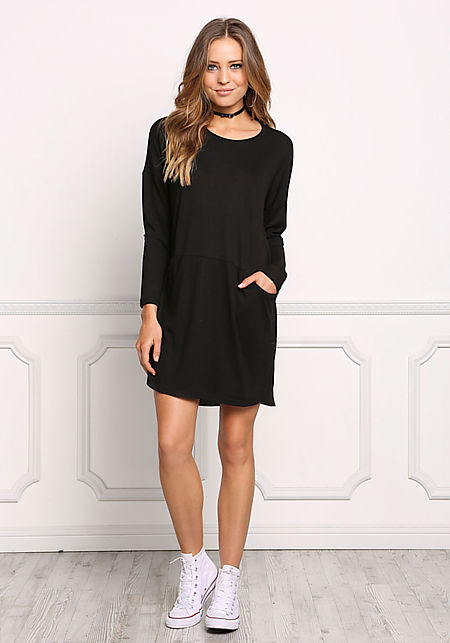 Black Ribbed Knit Pocket Shift Dress