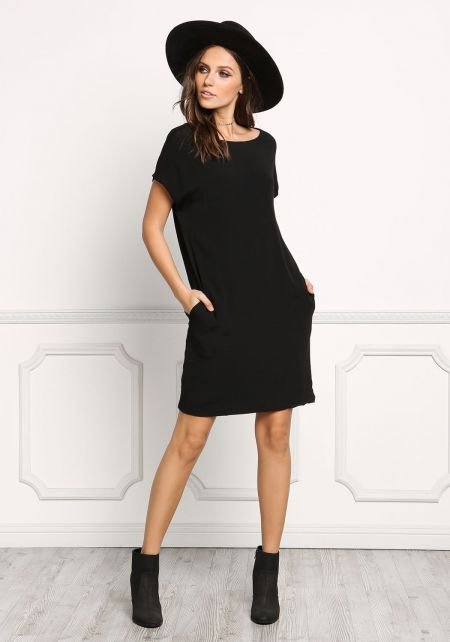 Black Pocket Front Shift Dress