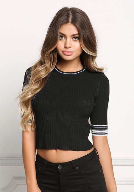 Black Stripe Outlined Cropped Tee