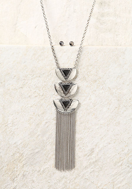 Black and Silver Triangle Pendant Fringe Necklace