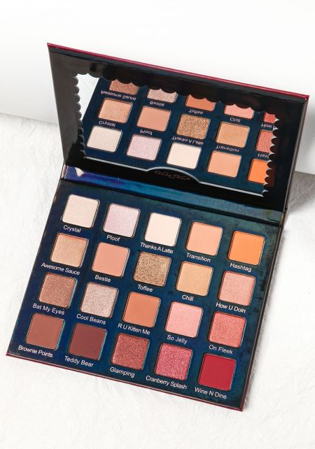 Violet Voss Holy Grail Pro Eye Shadow Palette