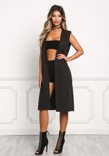 Black Minimalist High Slit Vest