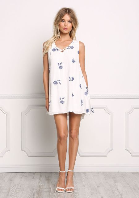 White Crepe Flower Cut Out Shift Dress