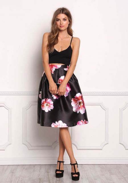Black Floral Taffeta Pleat Skirt