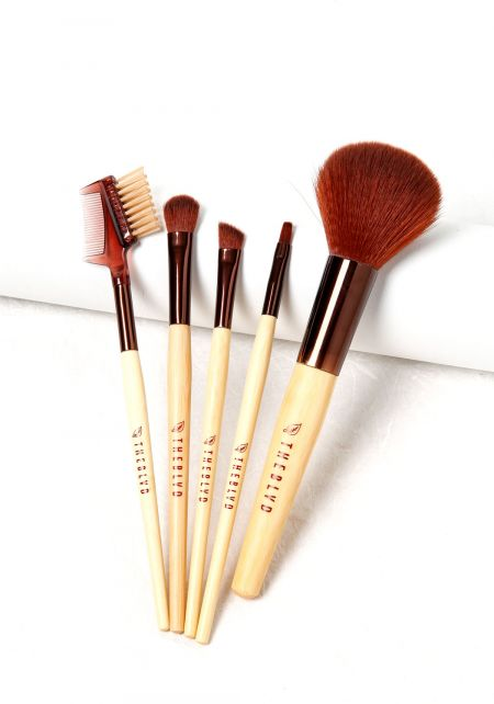 Eco Friendly Brush Collection