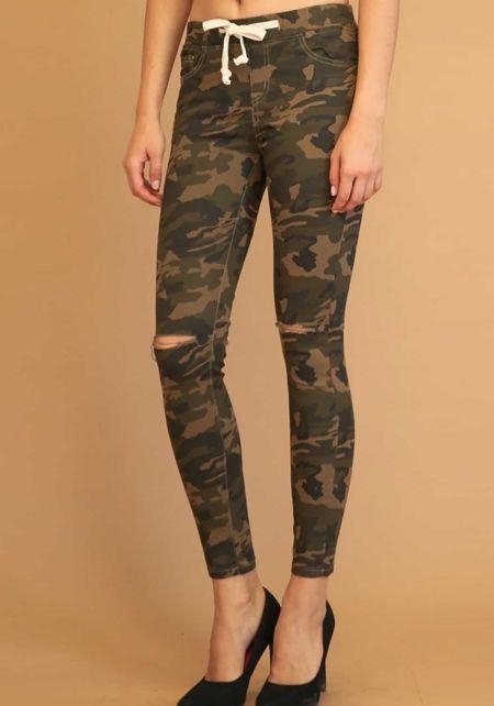 Camouflage Knee Slit Drawstring Jeans