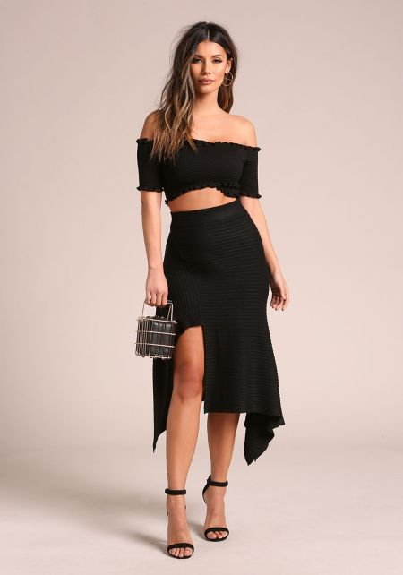 Black Ribbed Knit Asymmetrical Pointed Skirt