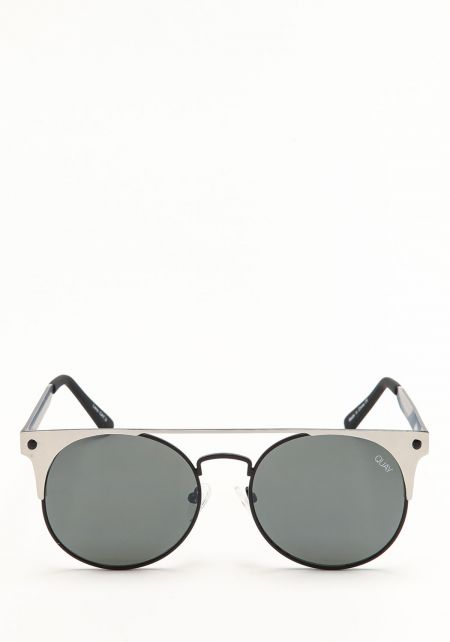 Quay The In Crowd Sunglasses in Black and Silver