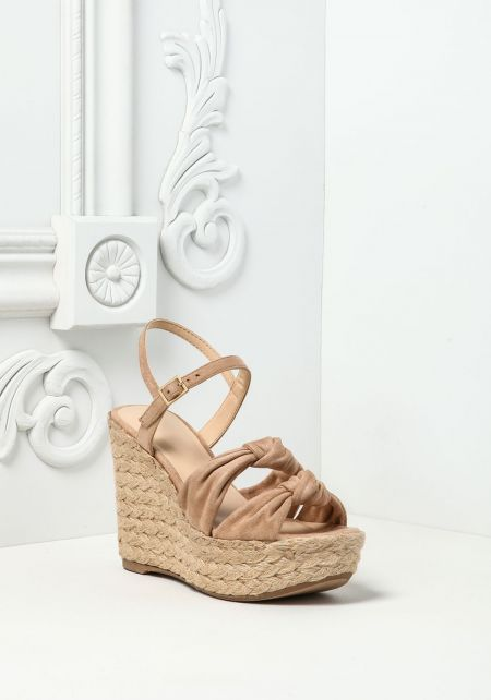 Natural Knotted & Braided Wedges