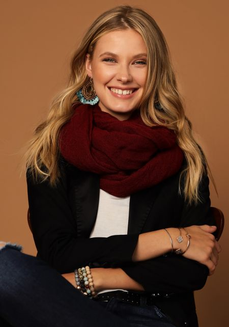 Burgundy Long Ribbed Knit Scarf
