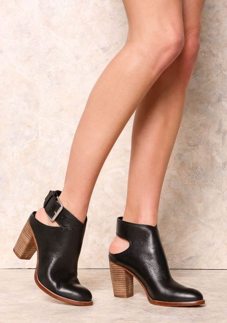 Dolce Vita Black Jacklyn Leather Bootie