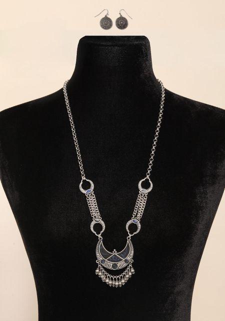Black Chain Pendant Statement Necklace
