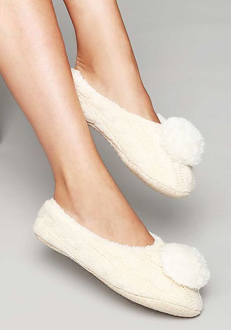 Cream Cable Knit Pom Pom Sock Slippers