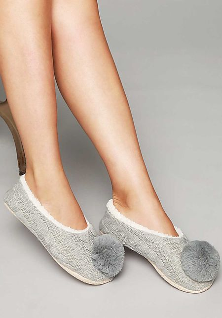Grey Cable Knit Pom Pom Sock Slippers