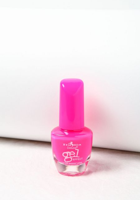 Hot Pink Deluxe Gel Effect Nail Polish
