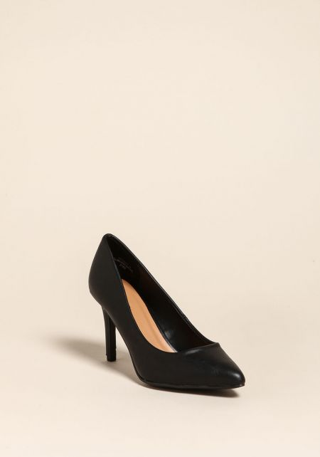 Black Pointed Toe Pump Heels