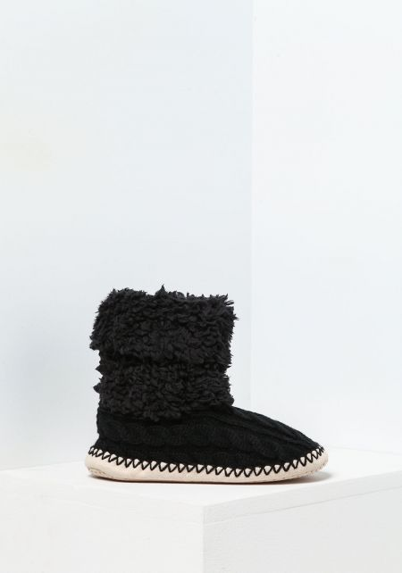 Black Cable Knit Bootie Slippers