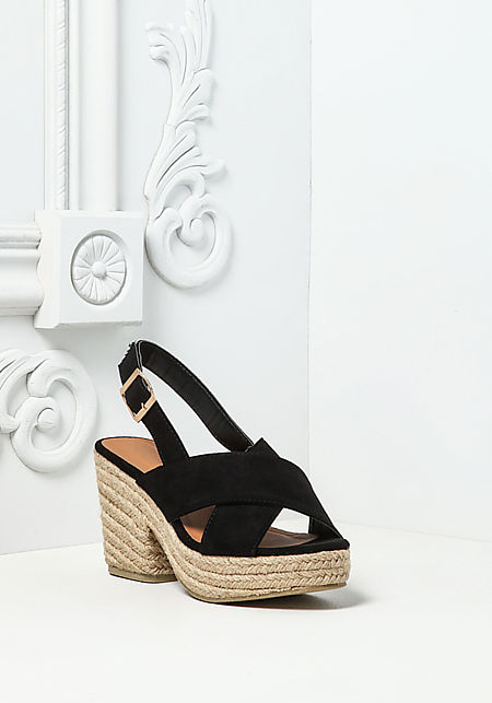 Black Cross Over Braided Wedges