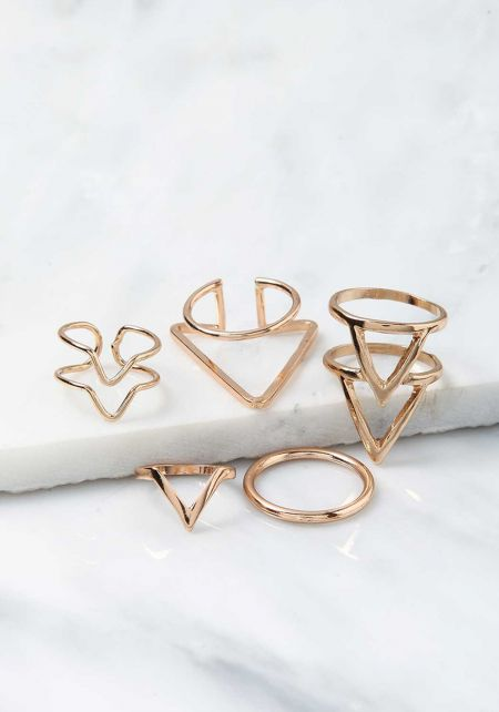 Gold Triangle Rings Set