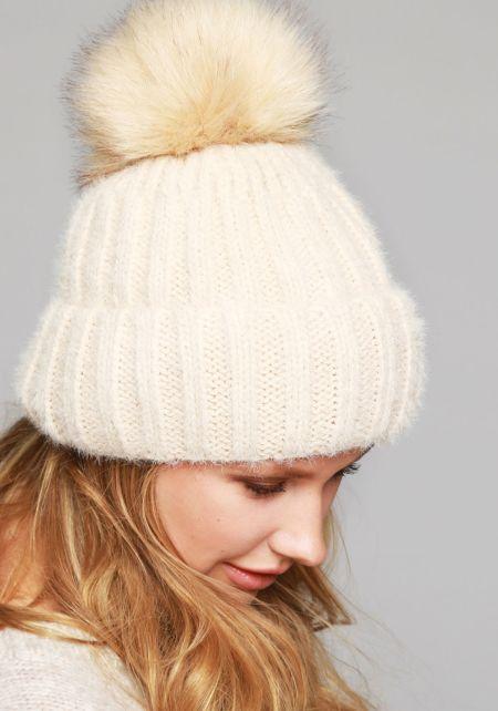 Beige Faux Fur Pom Pom Thick Knit Beanie